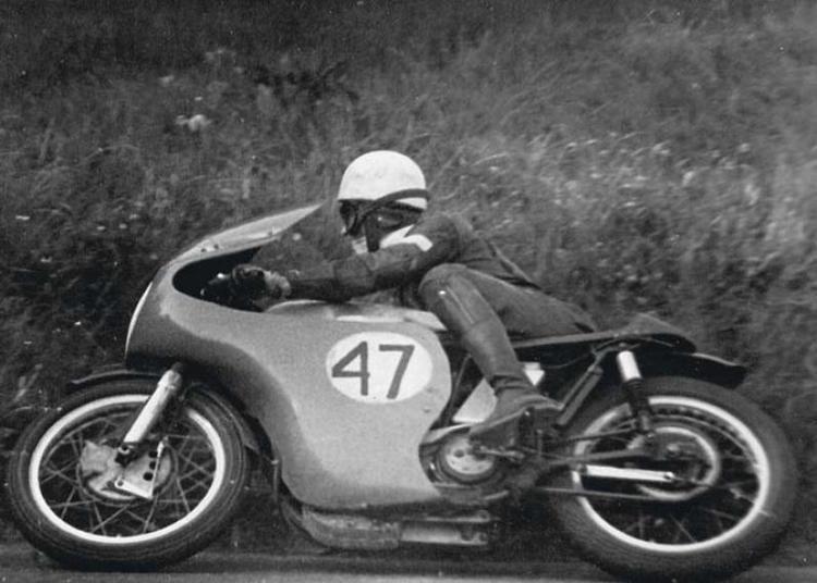 Dan Shorey Dan Shorey at Scarborough in 1968 Classic Motorcycle Pictures