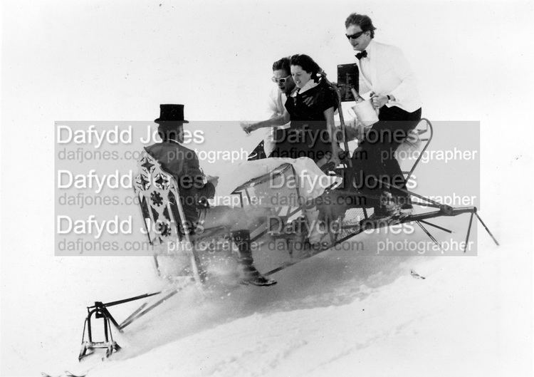 Dangerous Sports Club skiracetableforfour Dafydd Jones