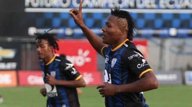 Daniel Angulo Independiente de Santa Fe oficializ el fichaje de Daniel