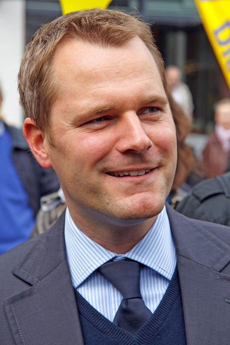 Daniel Bahr httpsuploadwikimediaorgwikipediacommons33