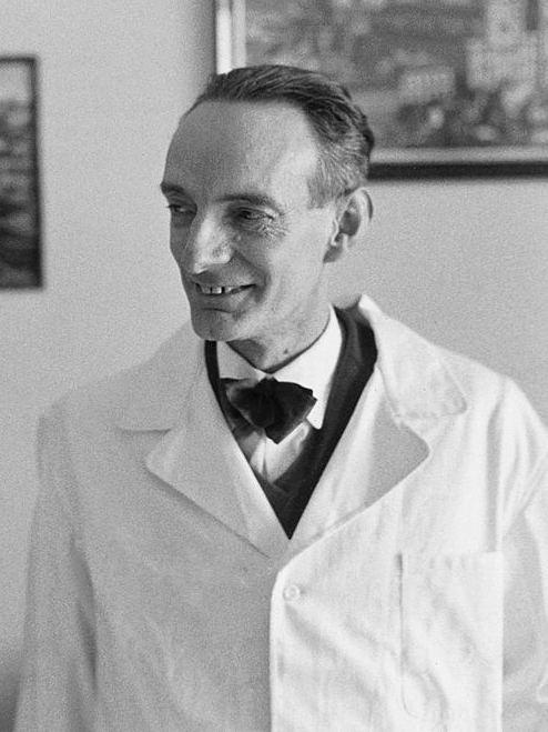 Daniel Bovet FileDaniel Bovet 1957jpg Wikimedia Commons
