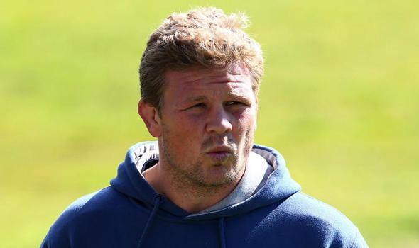 Daniel Braid Daniel Braid entwined to Sale battle Rugby Union Sport