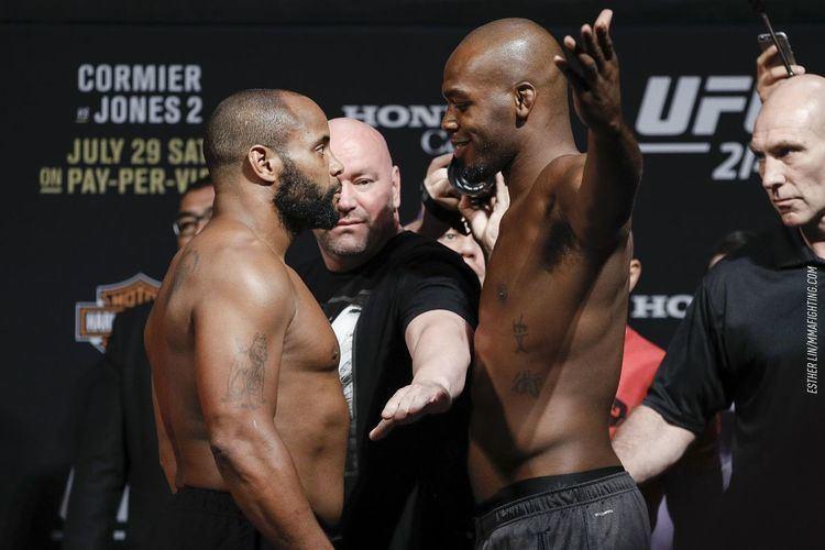 Daniel Cormier Jon Jones vs Daniel Cormier at UFC 214 overturned to nocontest