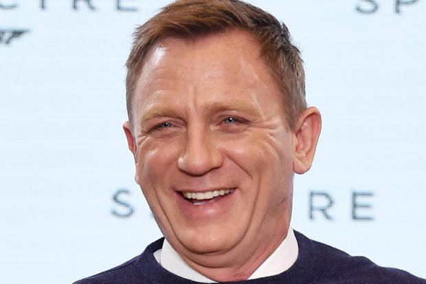 Daniel Craig James Bond Daniel Craig mocked on Twitter for piling on