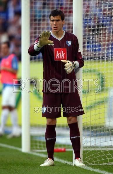 Daniel Fernandes (footballer) The Best Footballers Daniel Fernandes is a goalkeeper Portuguese