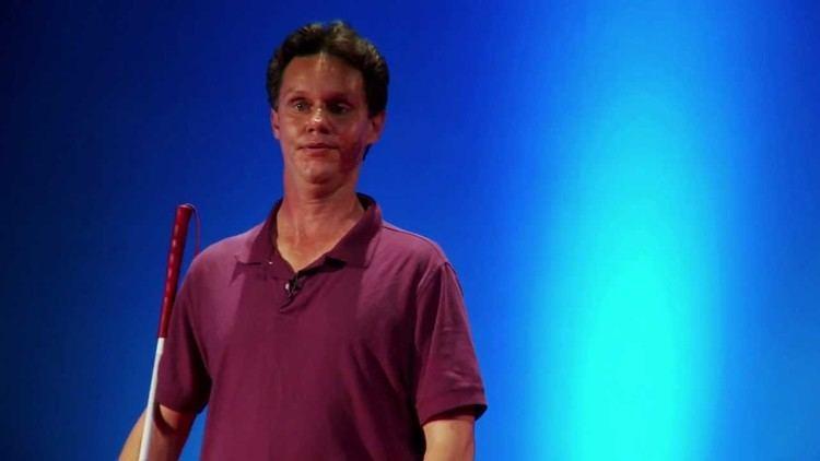 Daniel Kish Teaching the blind to navigate the world using tongue