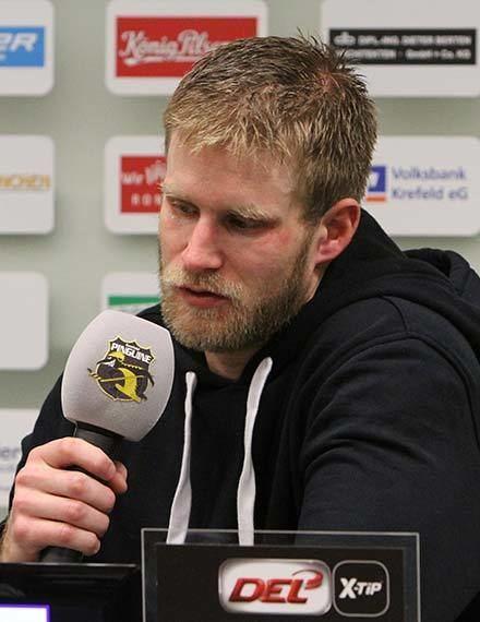 Daniel Pietta Krefeld Pinguine Daniel Pietta verlngert in Krefeld bis
