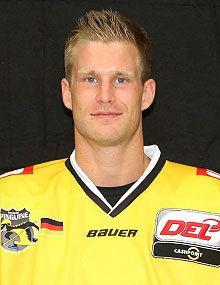 Daniel Pietta wwweishockeyinfophotos20130830danielpiettah