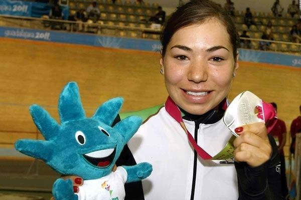 Daniela Gaxiola Daniela Gaxiola bronce en Panamericano de Pista MedioTiempo