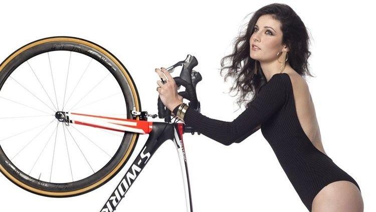 Daniela Reis Daniela Reis uma beleza do ciclismo Jogo da Vida Jornal Record