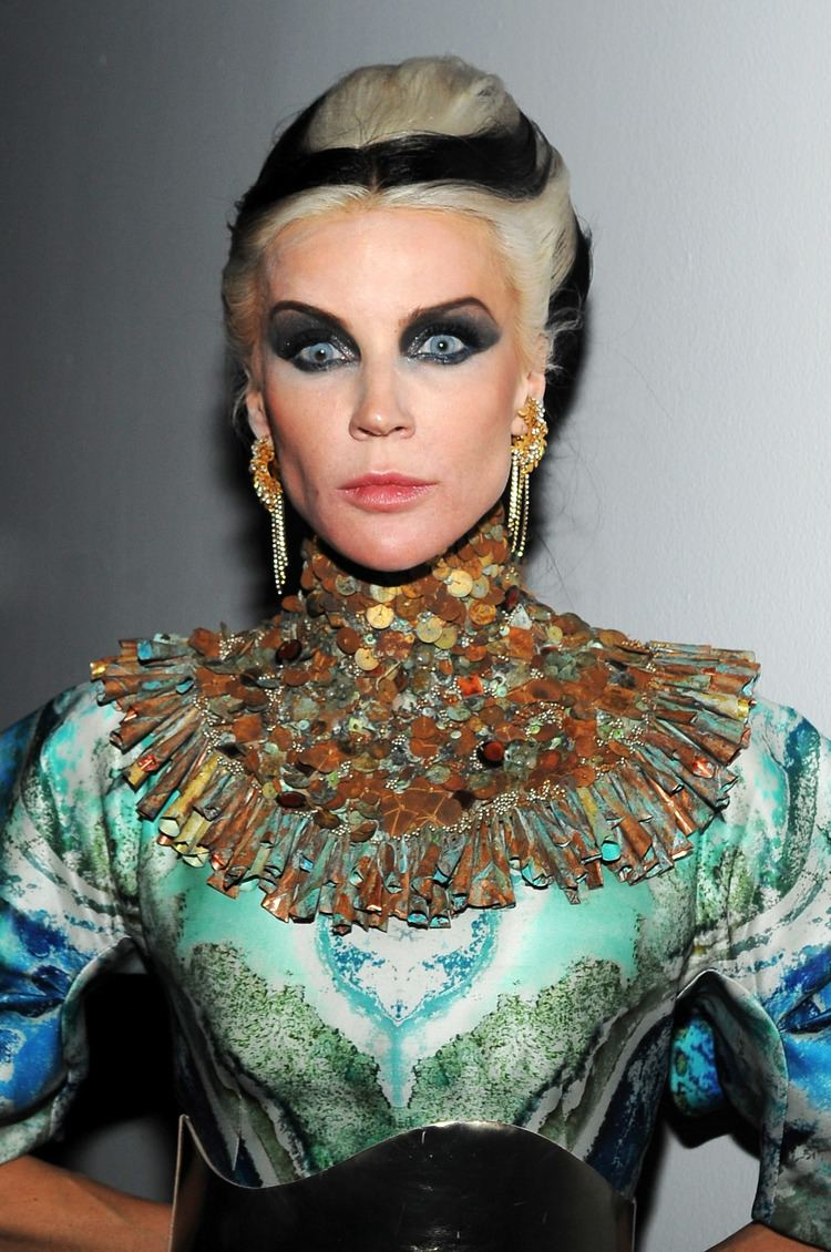 Daphne Guinness Daphne Guinness Marc Jacobs and Daphne Guinness Toast