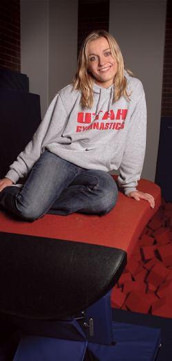 Daria Bijak Winter 200708 Continuum Cirque du Utah Gymnast Daria Bijak