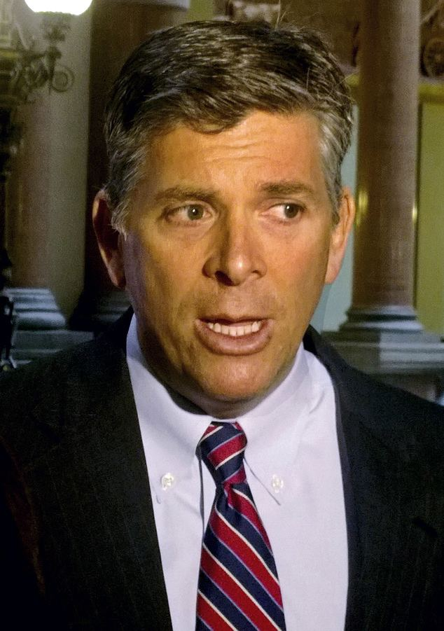 Darin LaHood LaHood excongressman39s son to vie for Schock39s seat