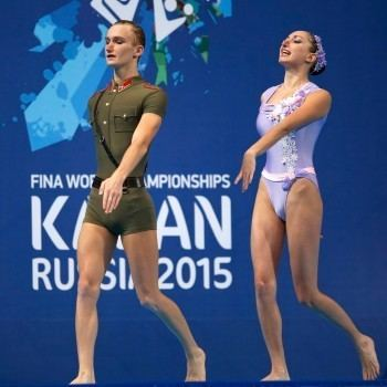 Darina Valitova MnnerPremiere bei den Synchronschwimmern Sport News