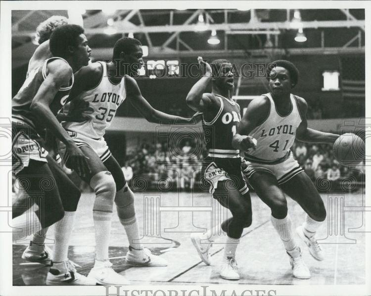 Darius Clemons 1981 Press Photo Loyola Basketball Darius Clemons Wayne Sappleton