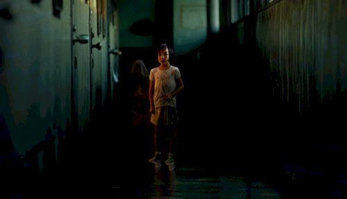 Dark Water (2002 film) Dark Water 2002 Review Sharkberg