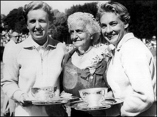 Darlene Hard DARLENE R HARD ITA Women39s Hall of Fame