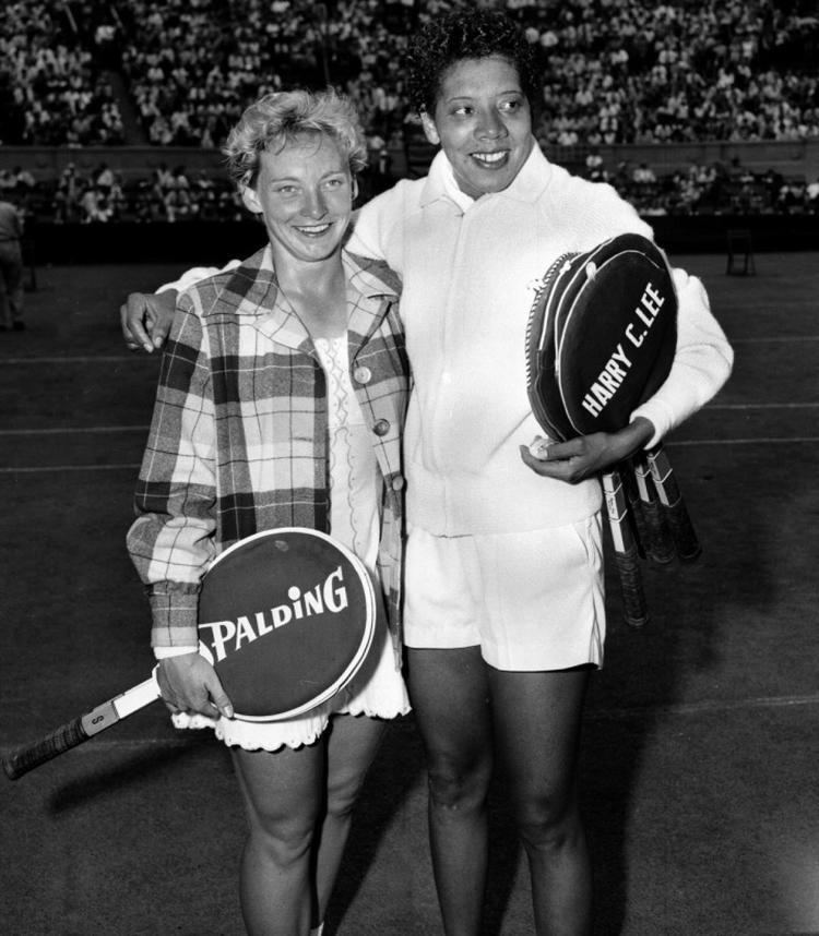 Darlene Hard US Open 1958 Photos Smash hits in US Open history