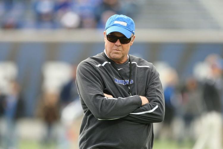 Darrell Dickey Interim coach Darrell Dickey focuses on bowl game Sports