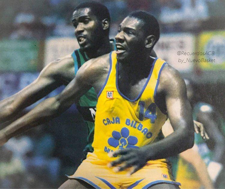 Darrell Lockhart Recuerdos Liga ACB on Twitter Darrell Lockhart vs Reginald Johnson