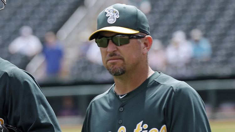 Darren Bush Darren Bush promoted to replace Chili Davis as Athletics hitting