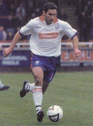 Darren Collins (English footballer) Darren Collins rdfc1992
