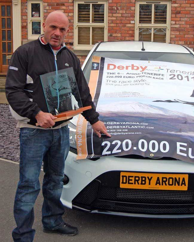 Darren Peters Darren Peters Car Race Winner 4Hot Spot 2011 Derby ARONA
