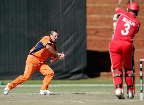 Darron Reekers (Cricketer)