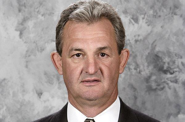 Darryl Sutter Darryl Sutter Coach Kings deserve but not the one they
