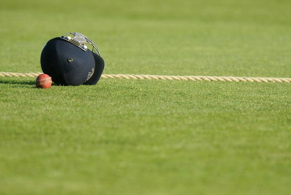 Darryn Randall Hit on head by ball South African cricketer Darryn Randall dies