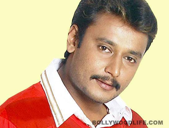 Darshan (actor) Shivarajkumar meets Kannada actor Darshan in jail