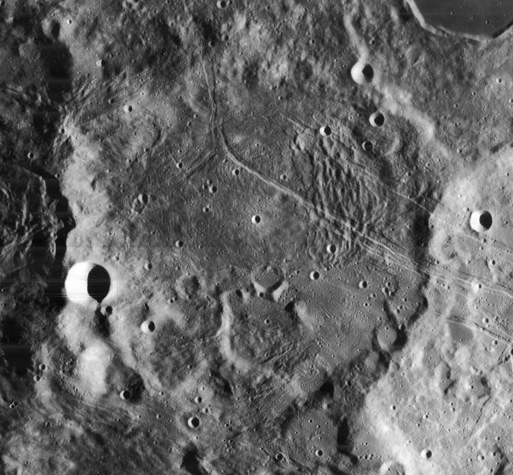 Darwin (lunar crater)