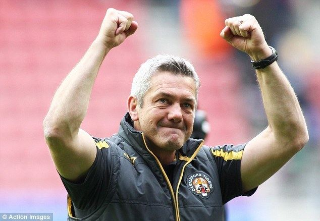 Daryl Powell Daryl Powell signs new fiveyear deal with Castleford