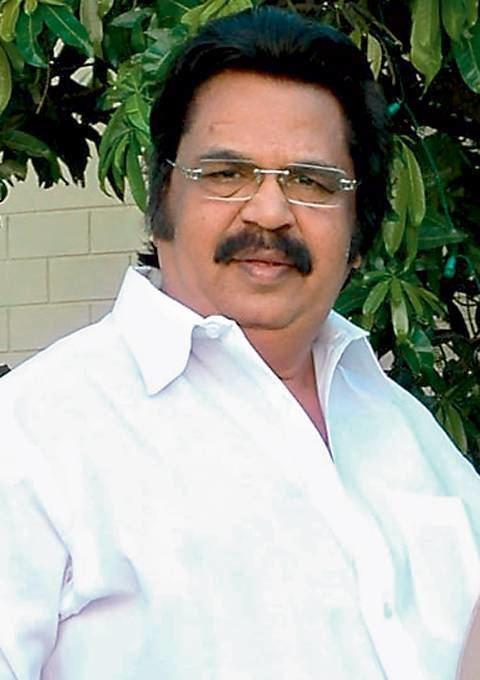 Dasari Narayana Rao wwwteluguonecomtmdbuserfilesDasarijpg