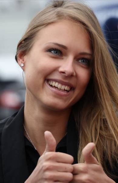 Dasha Kapustina Dasha Kapustina Fernando Alonso WAG F1 Ladies MRSPORT