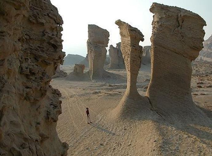 Dasht-e Loot Take a Trip to Iran39s Dashte Lut Desert AKA The Hottest Place on