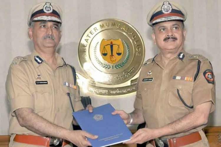Dattatray Padsalgikar Dattatray Padsalgikar takes over as Mumbai Police Commissioner News18