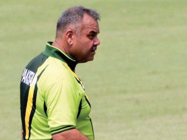 Dav Whatmore (Cricketer) playing cricket