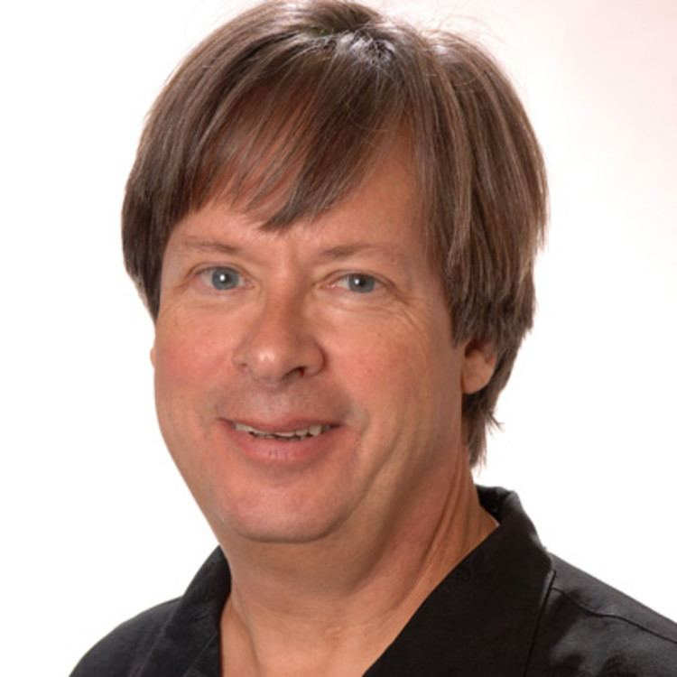 Dave Barry httpswwwbiographycomimagetshareMTE4MDAzN