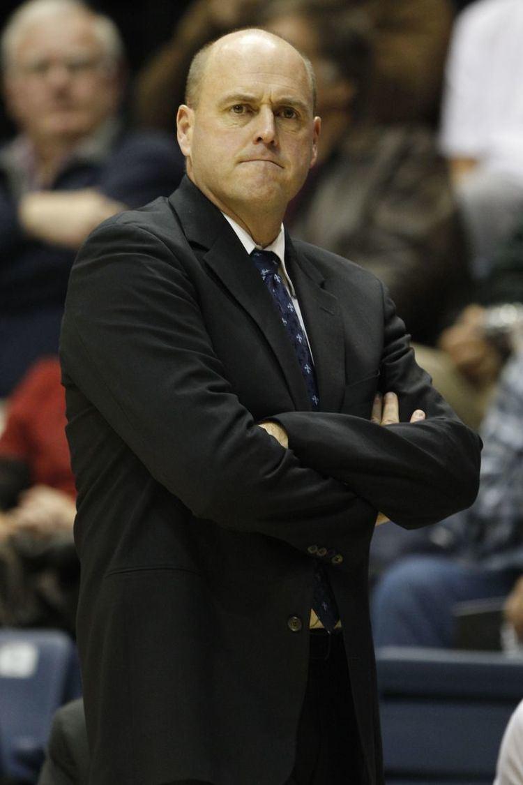 Dave Calloway Monmouth basketball coach Dave Calloway resigns