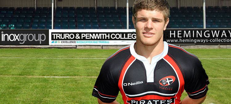 Dave Ewers Dave Ewers BackRow Cornish Pirates rugby player profile