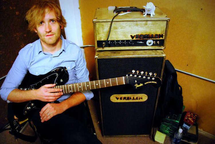 Dave Knudson (guitarist) DavidLovesVerellensjpg