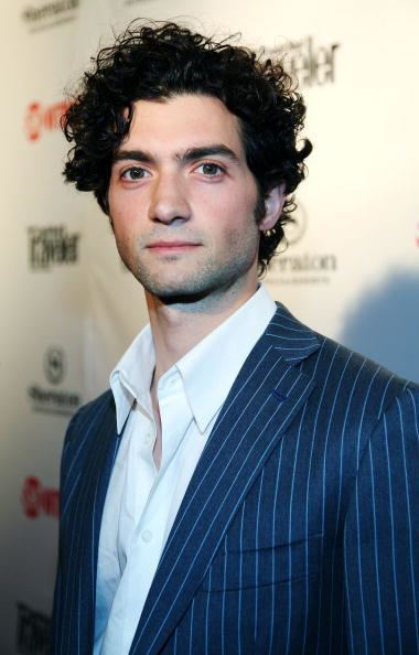 David Alpay ampaposThe Vampire Diariesampapos Season 4 casts David Alpay