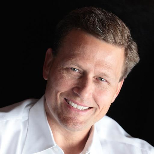 David Baldacci httpspbstwimgcomprofileimages6526067747516