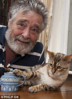 David Battie Antiques Road show veteran David Battie reveals ordeal which nearly