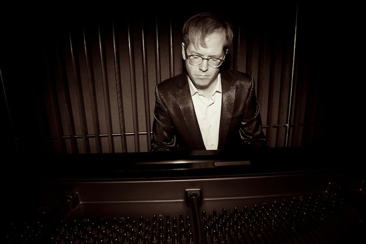 David Braid Website of Canadian Composer and Pianist David Braid