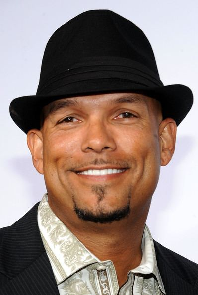 David Justice Halle Berry39s Ex David Justice Claims He Never Abused Her