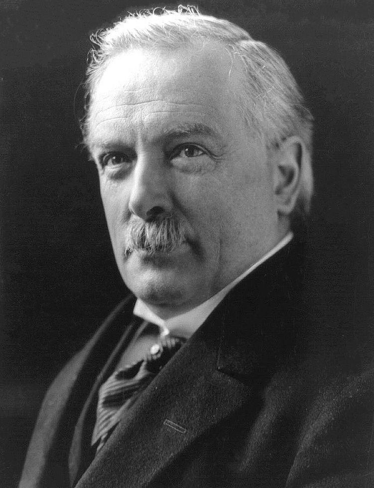 David Lloyd George httpsuploadwikimediaorgwikipediacommonsee