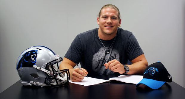 David Mayo (American football) LB Thompson OT Williams LB Mayo sign contracts