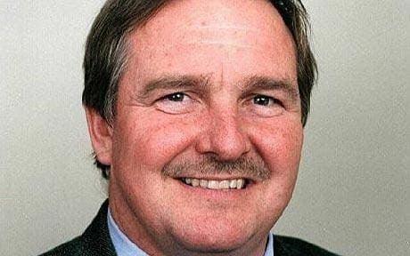 David Nutt Three more drug advisers quit over sacking of Professor